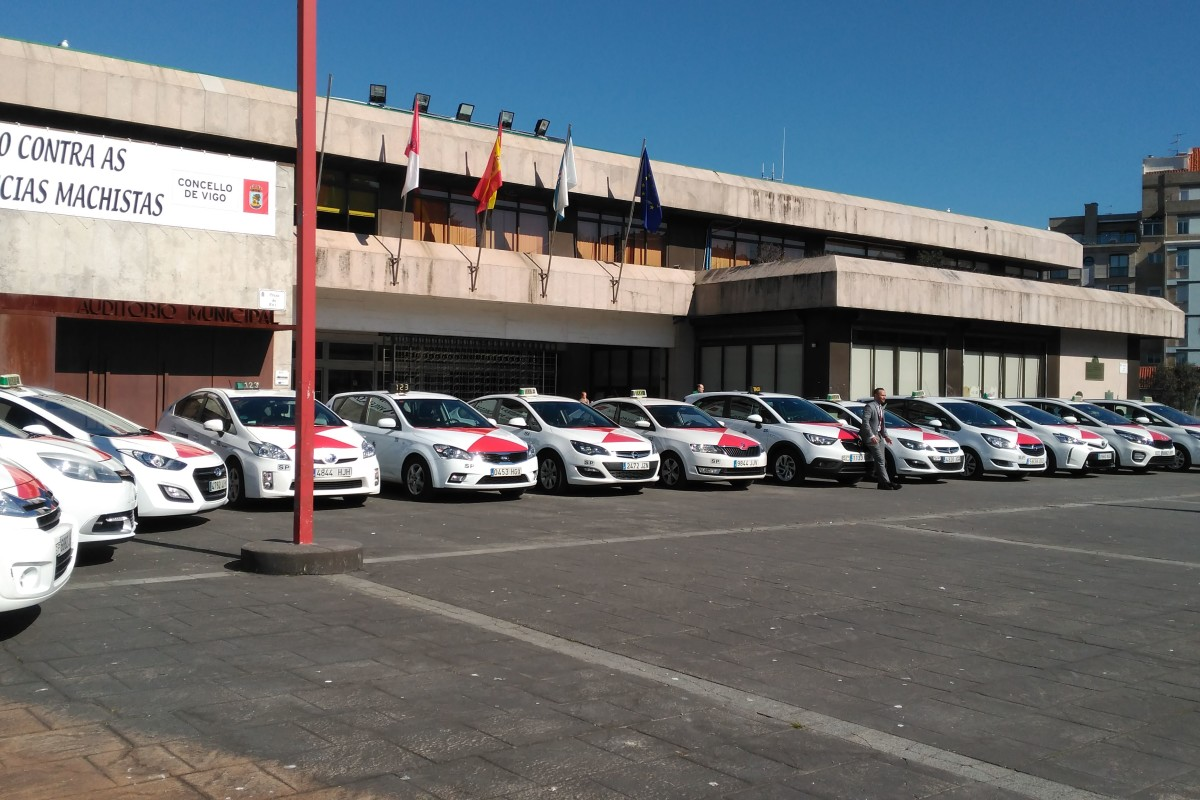 Presentación nueva flota de taxis de Vigo - slide 3