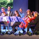 Un vals de Shostakovich e o minueto de Boccerini interpretados polo cuarteto de corda da Orquesta Clásica de Vigo deron a benvida á cerimonia