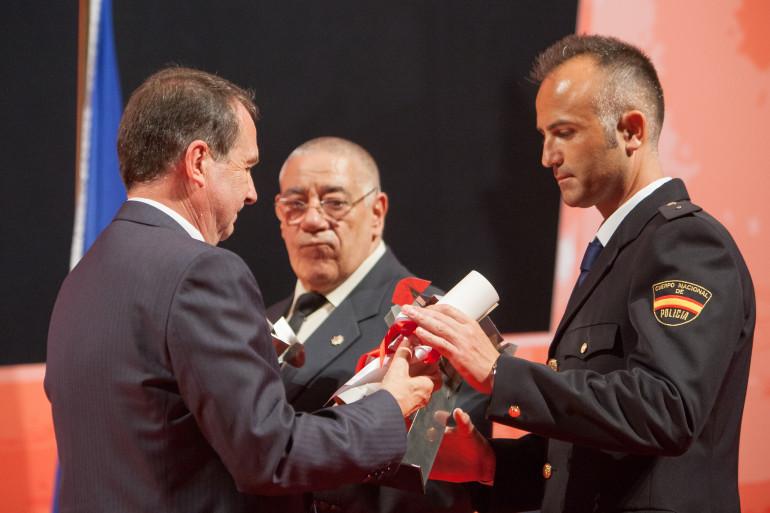Reconquista 2015, entrega dos galardóns ós Vigueses Distinguidos e Medalla da Cidade - slide 4