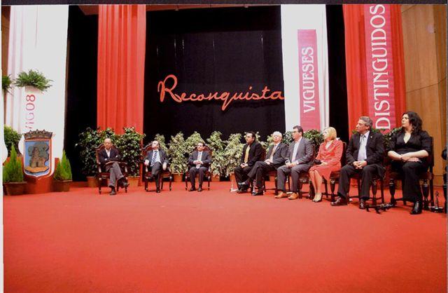 Reconquista 2009, nomeamento Vigueses Distinguidos e Medalla da Cidade - slide 11