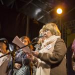 Isaura Abelairas. Concelleira de Igualdade, Politicas de Benestar e Normalizacion Linguistica lendo o manifesto do día da muller.