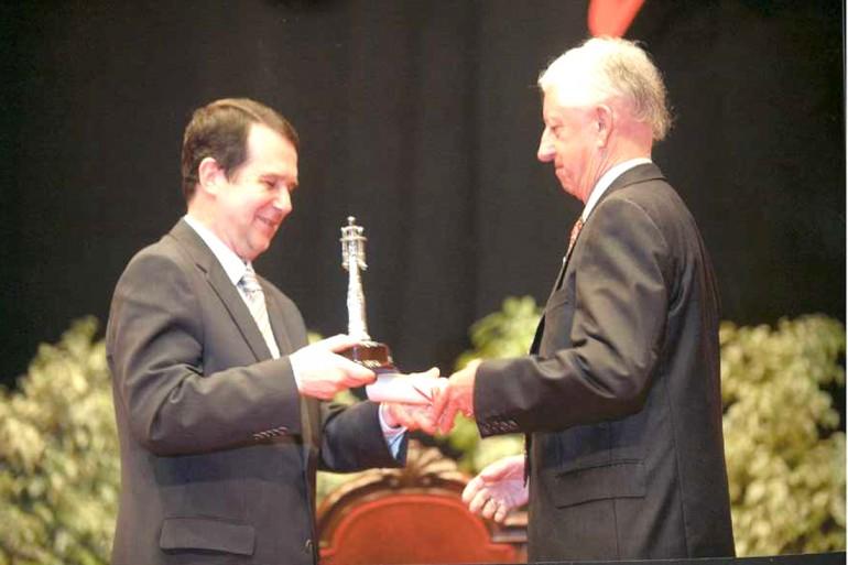 Reconquista 2009, nomeamento Vigueses Distinguidos e Medalla da Cidade - slide 17