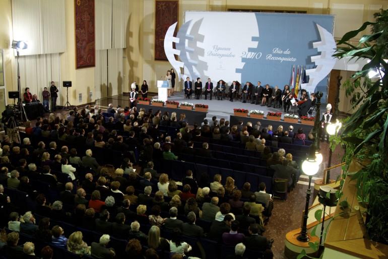 Reconquista 2010, nomeamento Vigueses Distinguidos e Medalla da Cidade - slide 16