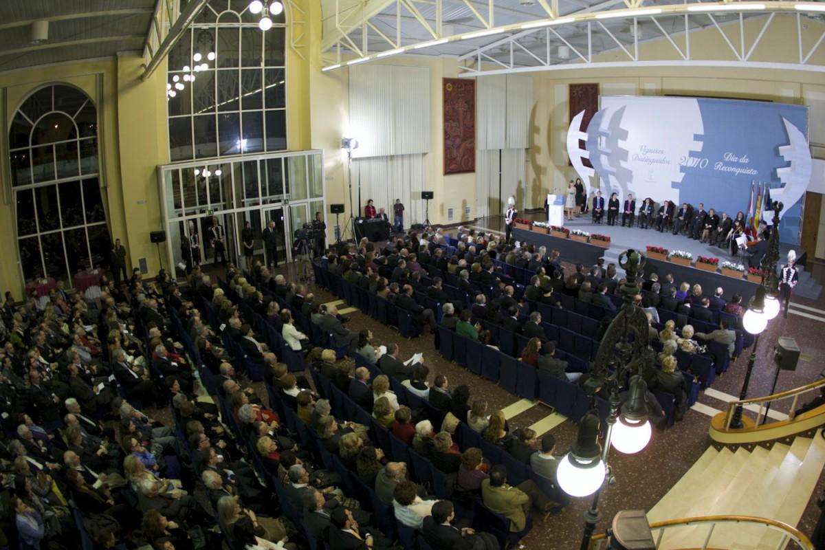 Reconquista 2010, nomeamento Vigueses Distinguidos e Medalla da Cidade - slide 18